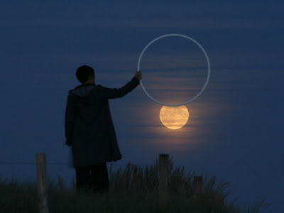 cool and creative photo with the moon