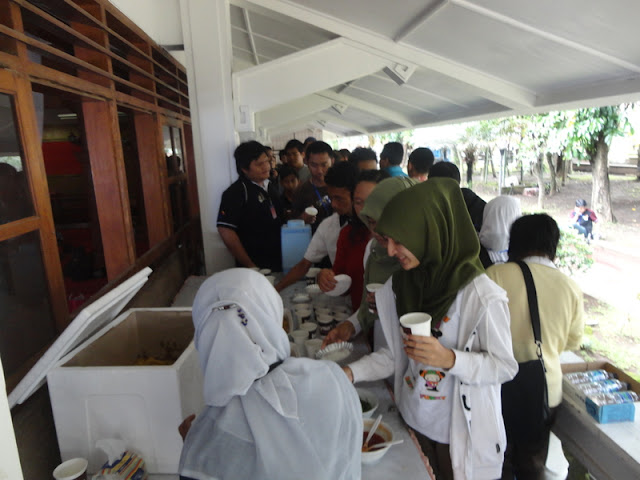 #OblongMerahMuda HUT ke 4 Blogger Ngalam | Coffe Break