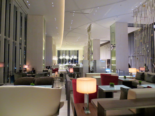 The lobby of the Osaka Marriott Miyako Hotel