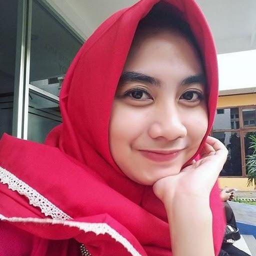foto artis indonesia memakai baju transparan | INFOTERUPDATED