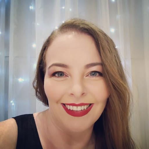 Simone cristina dos santos about google for Cristina dos santos