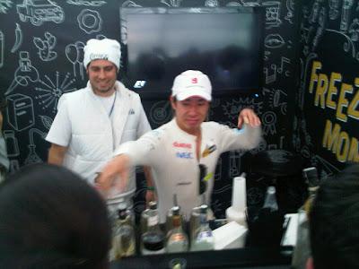 Камуи Кобаяши на спонсорском мероприятии freeze the moment на Гран-при Бразилии 2011