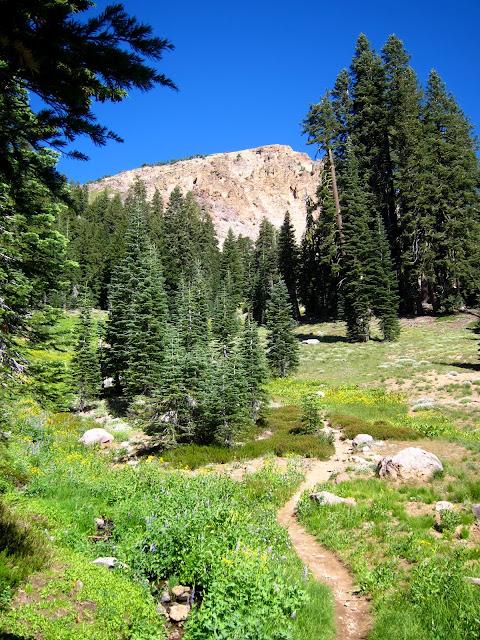 Hike to Brokeoff Mountain