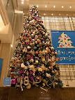 銀座三越のクリスマスツリー2011(「祈りのツリー」プロジェクト)