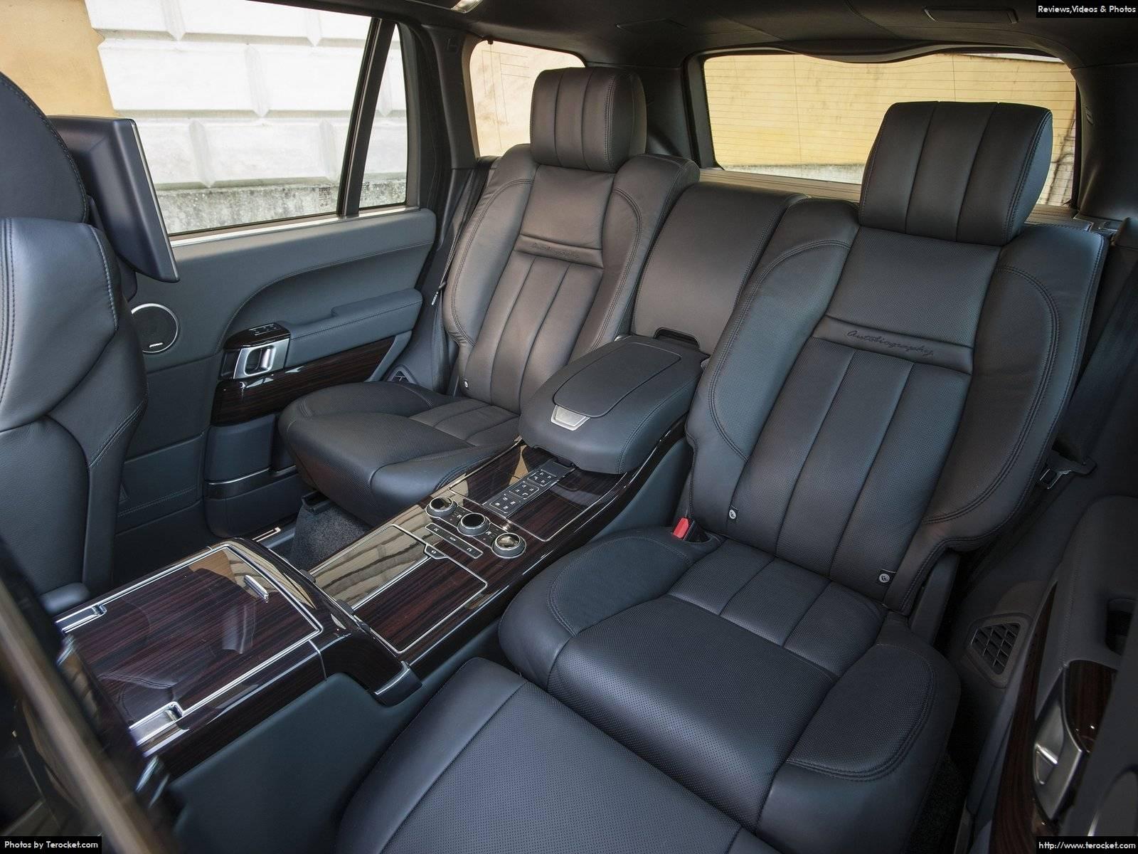 Hàng ghế thứ hai như khách sạn 5 sao, một cuộc sống tận hưởng ở trên chiếc xe này