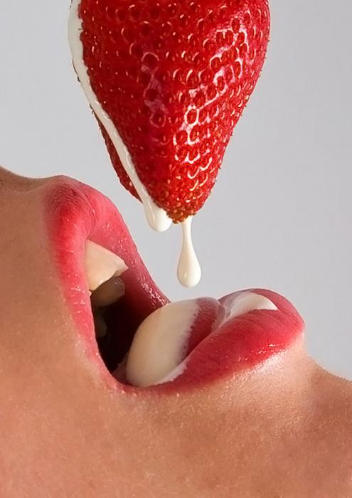 Секс фото клубника сливки