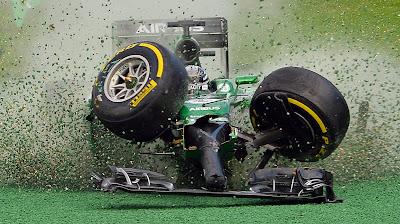 вылет Камуи Кобаяши на Гран-при Австралии 2014