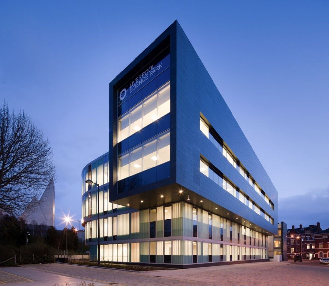 Reserch Centre: INNOVATION CENTRE 3 by RYDER ARCHITECTURE