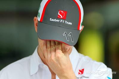 фэйспалмящий Нико Хюлькенберг на Гран-при Индии 2013