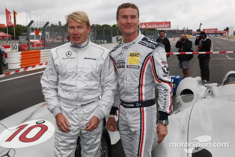 Мика Хаккинен и Дэвид Култхард на Нюрбургринге в дни уикэнда Гран-при Германии 2011