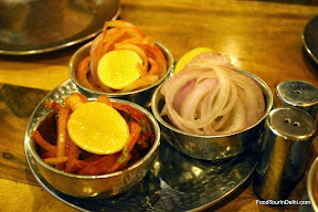 Onion rings http://indiafoodtour.com  http://foodtourindelhi.com