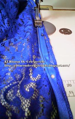 Ajustar la cremallera invisible con puntadas o alfileres a la tela