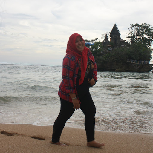 Berkaca Di Danau Labuan Cermin, Kalimantan Timur