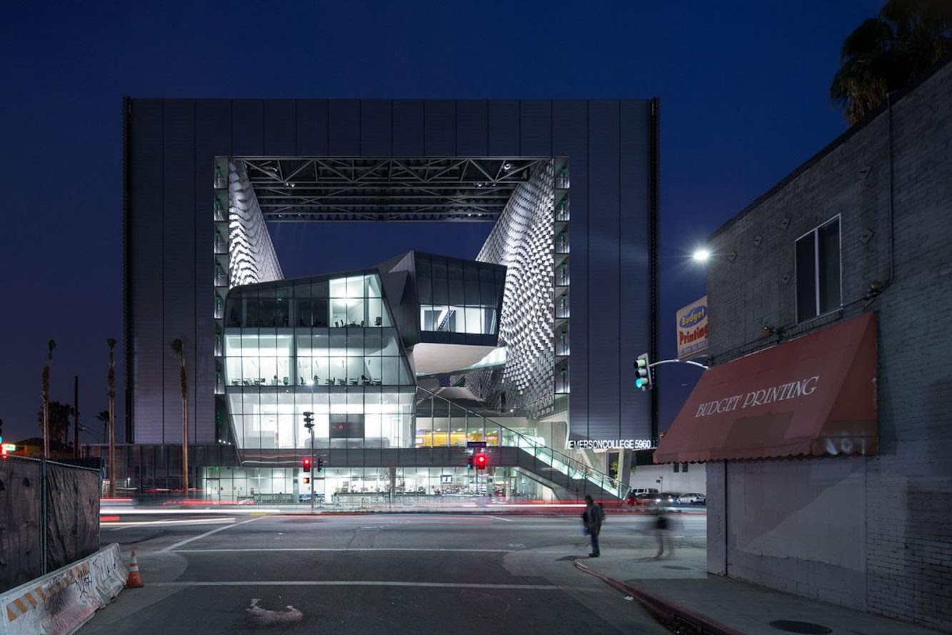 Los Angeles, California, Stati Uniti: Open Emerson College Los Angeles by Morphosis Architects