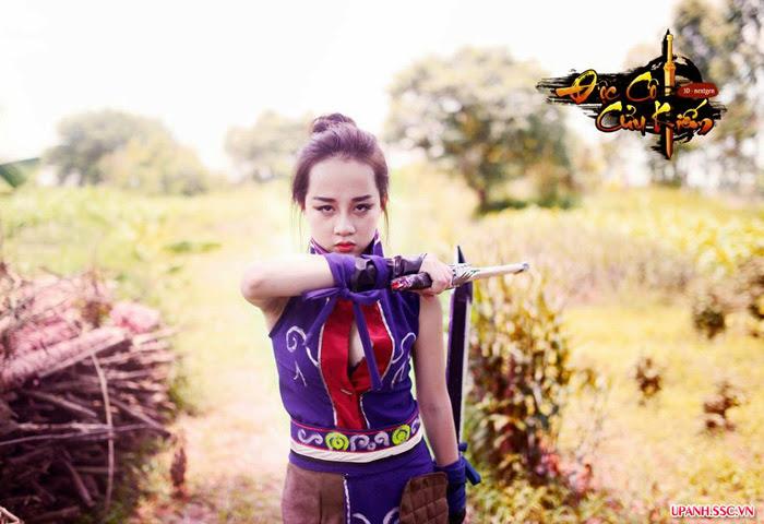 Bộ cosplay Độc Cô Cửu Kiếm đầy ngẫu hứng