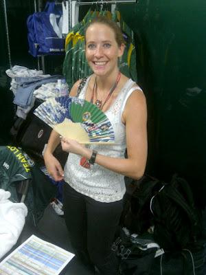 веер в подарок Кэтрин Хайд от naokonen на Гран-при Японии 2011