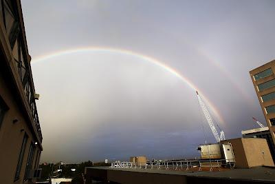 радуга над автодромом Мельбурна на Гран-при Австралии 2012