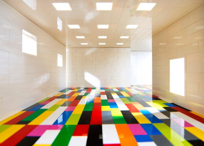 Tilt-Shift Photography Makes Lego Brick Rooms Look Like Full-Size Gallery Space Seen On www.coolpicturegallery.us