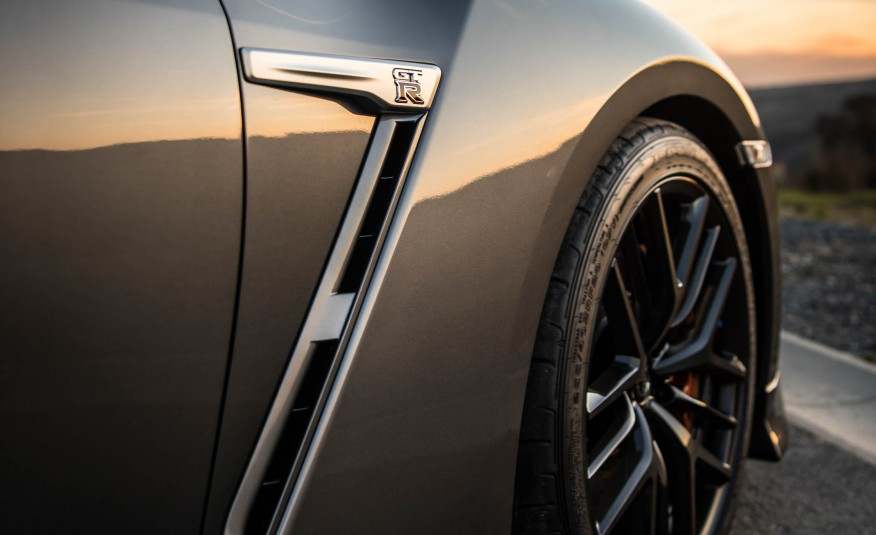 Đánh giá siêu xe Nissan GT-R 2017