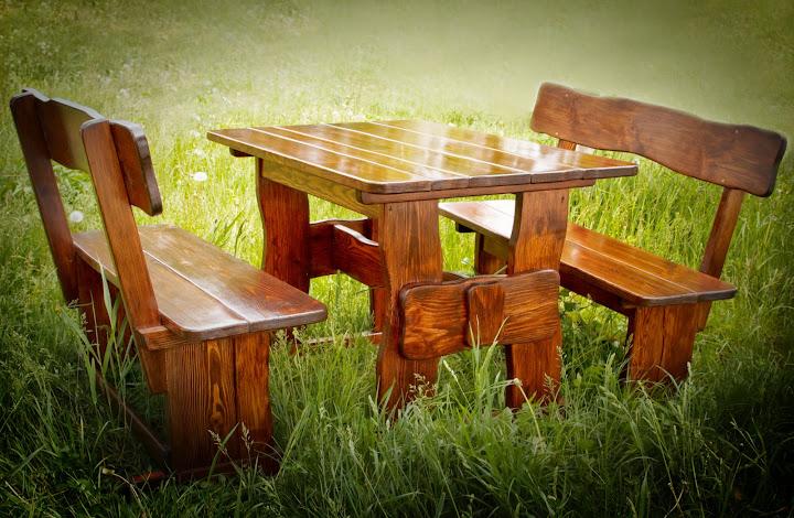 Столы и стулья для дачи из дерева
