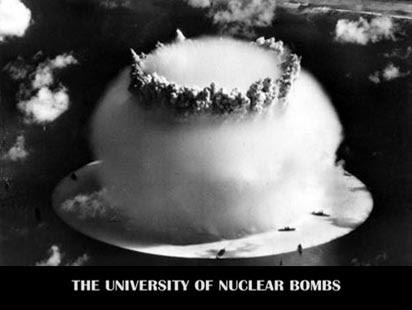 Uniwersytet Bomb Atomowych / The University of Nuclear Bombs (2010) PL.TVRip.XviD / Lektor PL