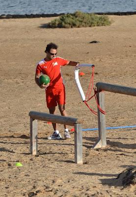 Фелипе Масса на тренировочной сессии Ferrari на испанском острове Лансароте 26 января 2012