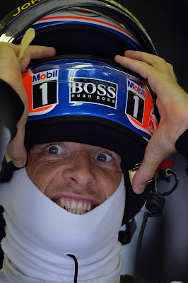 удивленный Дженсон Баттон на Гран-при Венгрии 2013