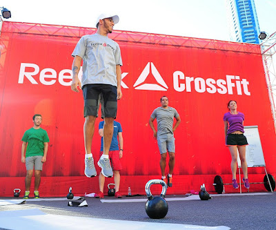 Льюис Хэмилтон Reebok Crossfit Challenge в Дубаи 1 ноября 2012