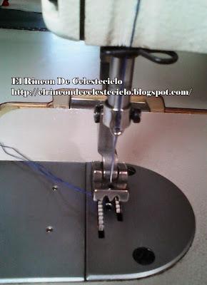 Preparar los hilos para coser con el pie para cremallera invisible