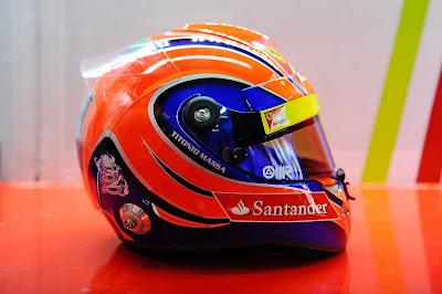 специальная раскраска шлема Фелипе Массы для Гран-при Бразилии 2012