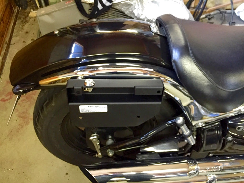 Quick release saddlebag brackets ? IMG_1051