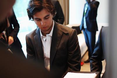 задумчивый Серхио Перес на Amber Fashion Show Гран-при Монако 2011