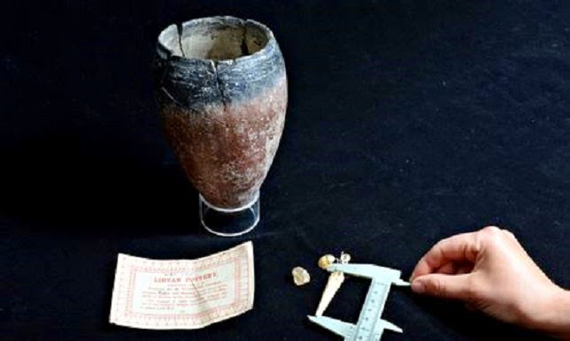Ancient Egyptian pot found in Cornish garage