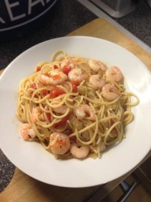One Pot Prawn Spaghetti Slimming World Friendly