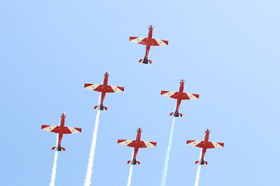 самолеты RAAF Roulettes на Гран-при Австралии 2012