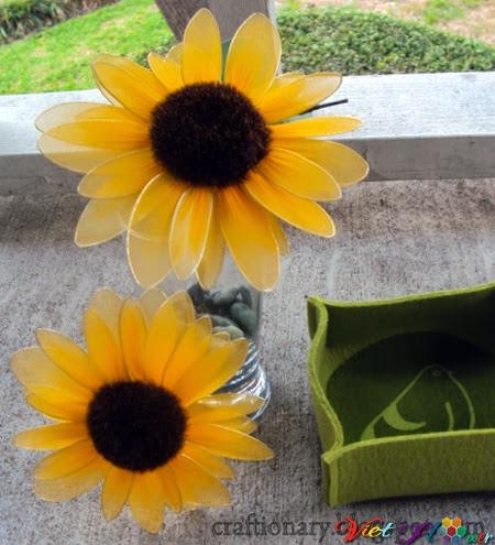 Làm hoa hướng dương bằng vải voan - bước ghép nhụy hoa