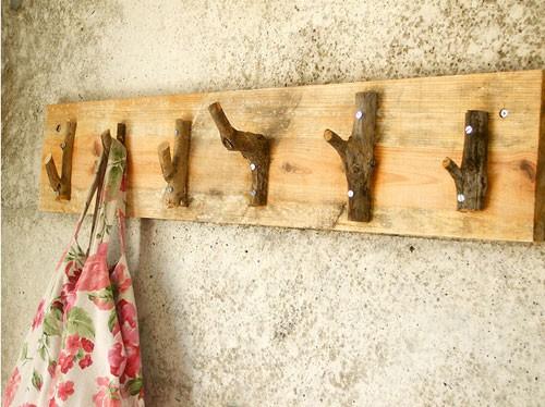 Фото вешалка на даче своими руками