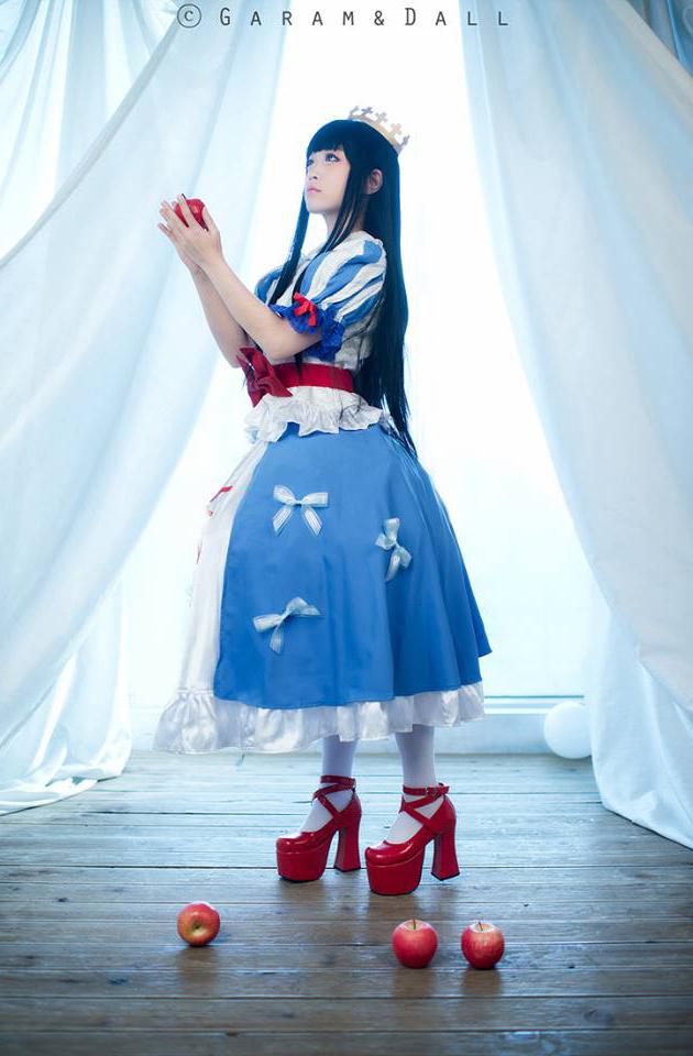 Tomia khoe cosplay Bạch Tuyết cực ấn tượng - Ảnh 14