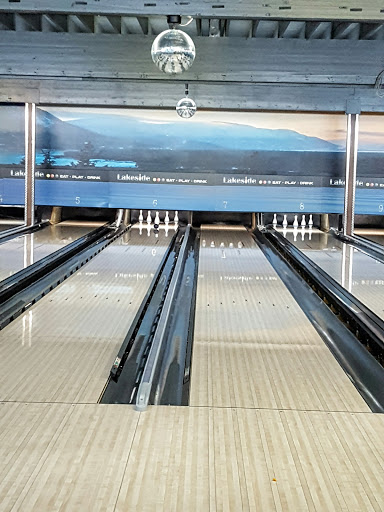 J Lanes Bowling, 1901 9th Ave NE, Salmon Arm, BC V1E 2L2, Canada, Bowling Alley, state British Columbia