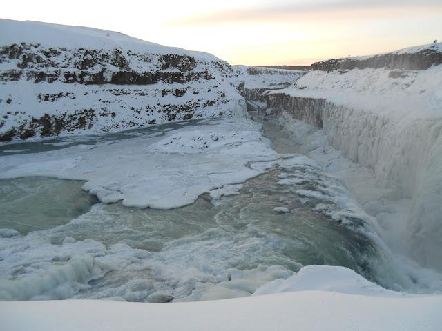 Local Color: アイスランド・レイキャビク (2011年) ...  アイスランド・レ