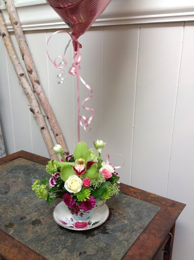 Florist «LaVassar Florists», reviews and photos, 7530 20th Ave NE, Seattle, WA 98115, USA