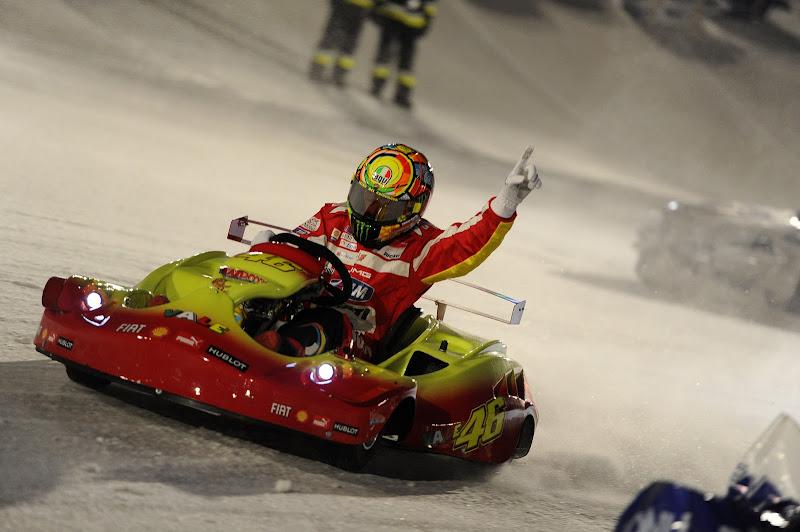 Валентино Росси выигрывает картнинговую гонку по льду на Wrooom 2012