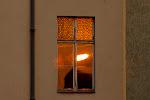 Sonnenuntergang im Fenster gegenüber