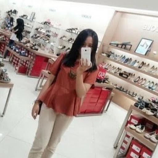 Nadine Brillianta