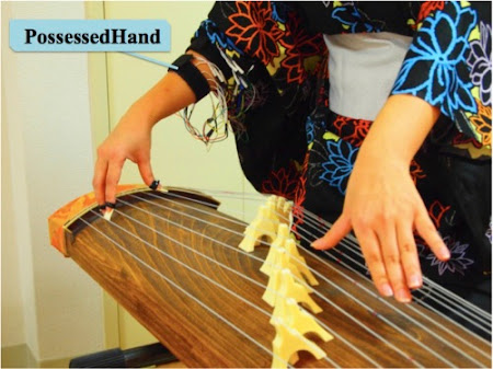 PossessedHand memainkan Koto