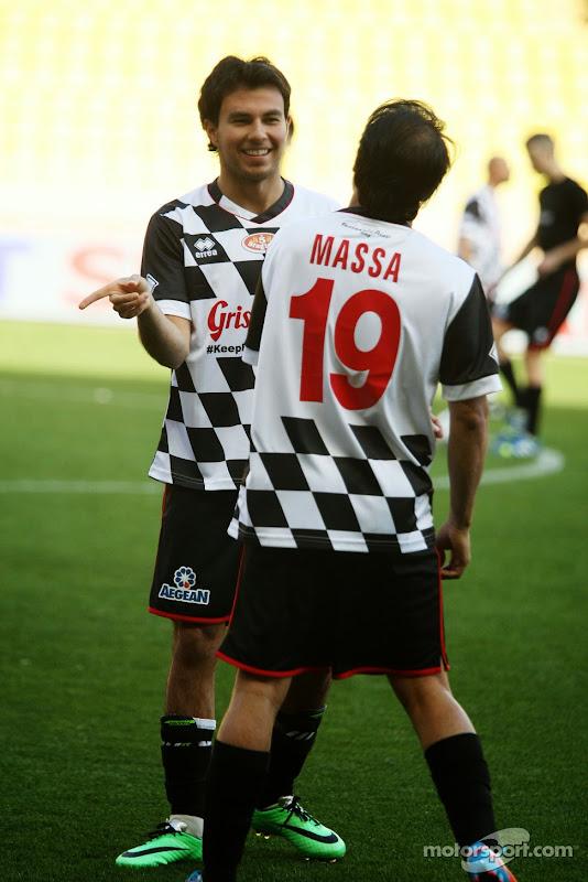 Серхио Перес и Фелипе Масса на благотворительном футбольном матче перед Гран-при Монако 2014