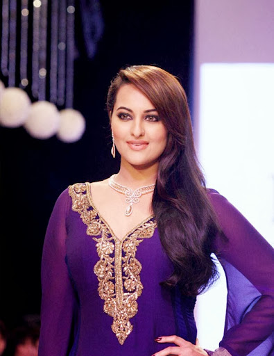 Sonakshi Sinha Nice looking to Blue Dress