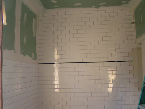 Tile Gurus Chair Rail In Middle With Subway To Ceiling
