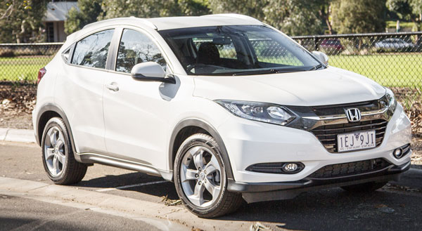2016 Honda HR-V VTi-S Review, Specs