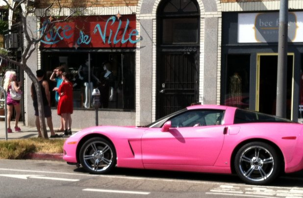 Angelyne in Echo Park/Photo by Kevin Kuzma